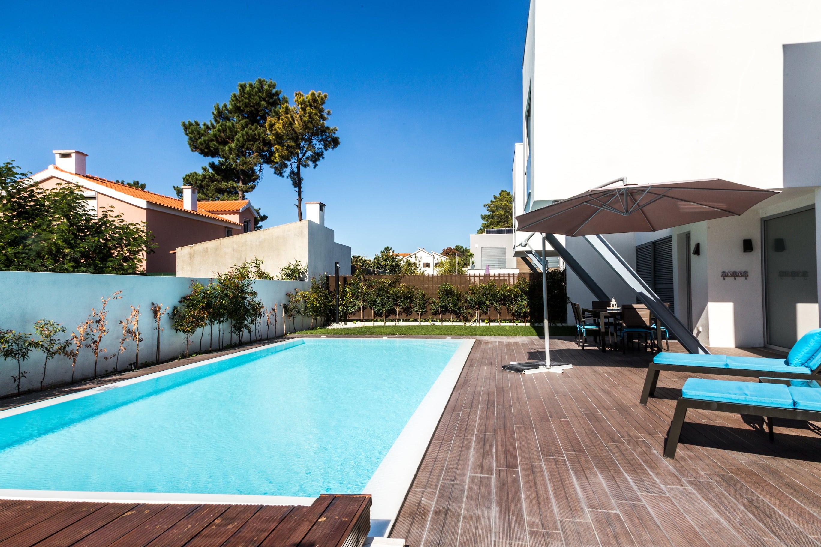 Maison portugal finest location maison with maison for Location maison piscine lisbonne