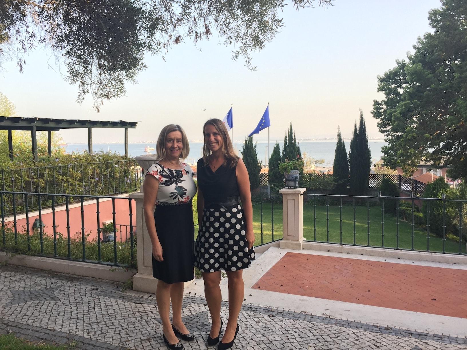 Salon entreprendre Portugal ambassade de France Virginie et Senatrice